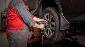 Voit varata ajan renkaiden vaihtoon: - Puhelimitse Tammer-Auto 03 2440 3500 tai Tammer-Auto Elovainio 03 2440 3600 - Toyota huol...